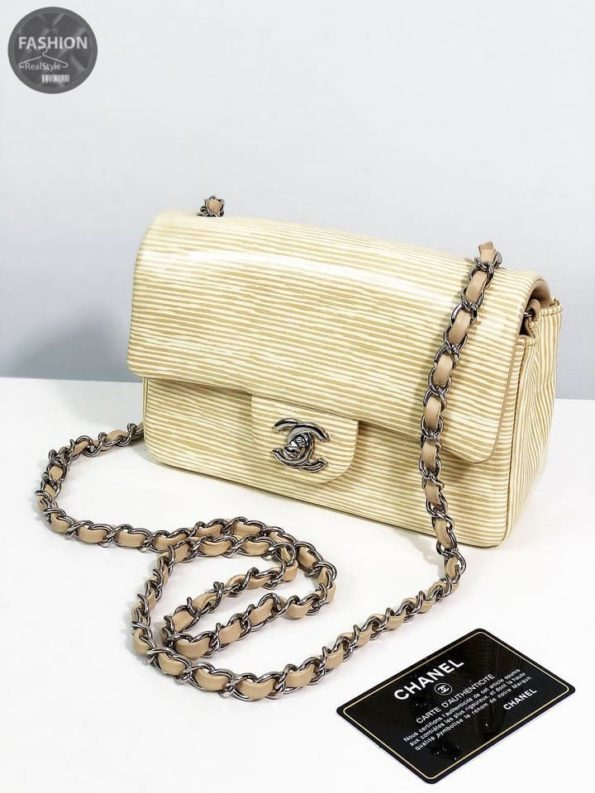 9021066c899a Лакированная сумка Chanel mini – Комиссионный магазин – Original Fashion